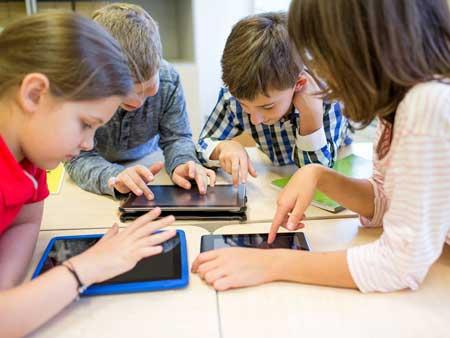 Membuat Smartphone Android Lebih Bersahabat Untuk Anak